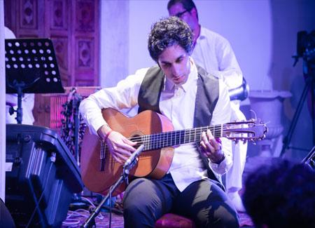 Alfonso Linares